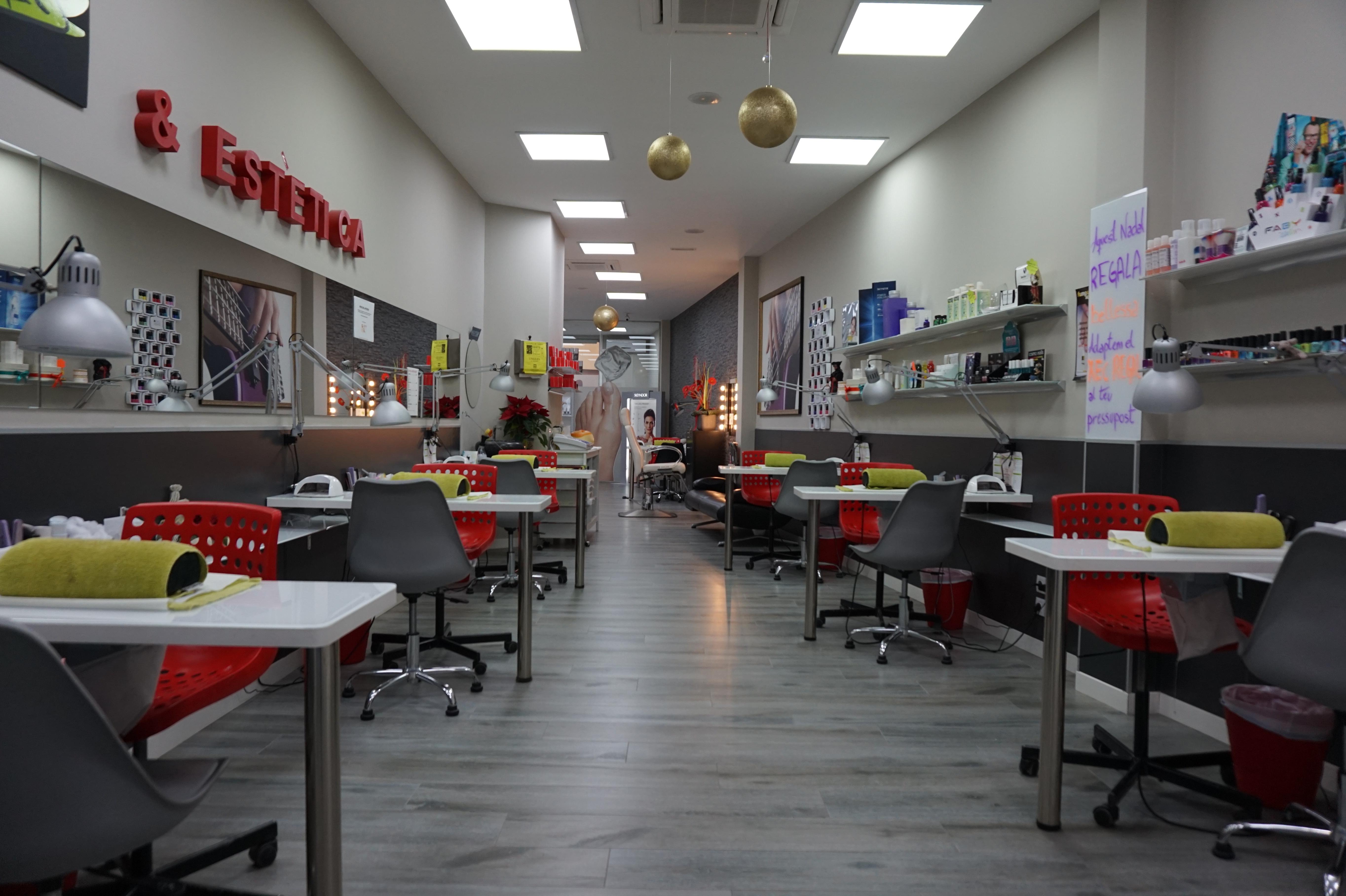 Centro para arreglar tus uñas - Ungles Mataró